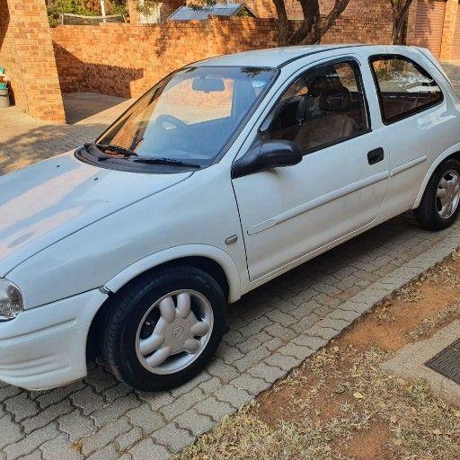 Opel Corsa 1.4     NEGOTIABLE