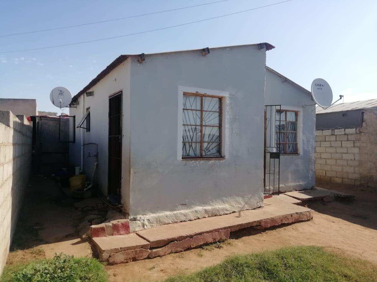 House For Sale in Kwazakhele