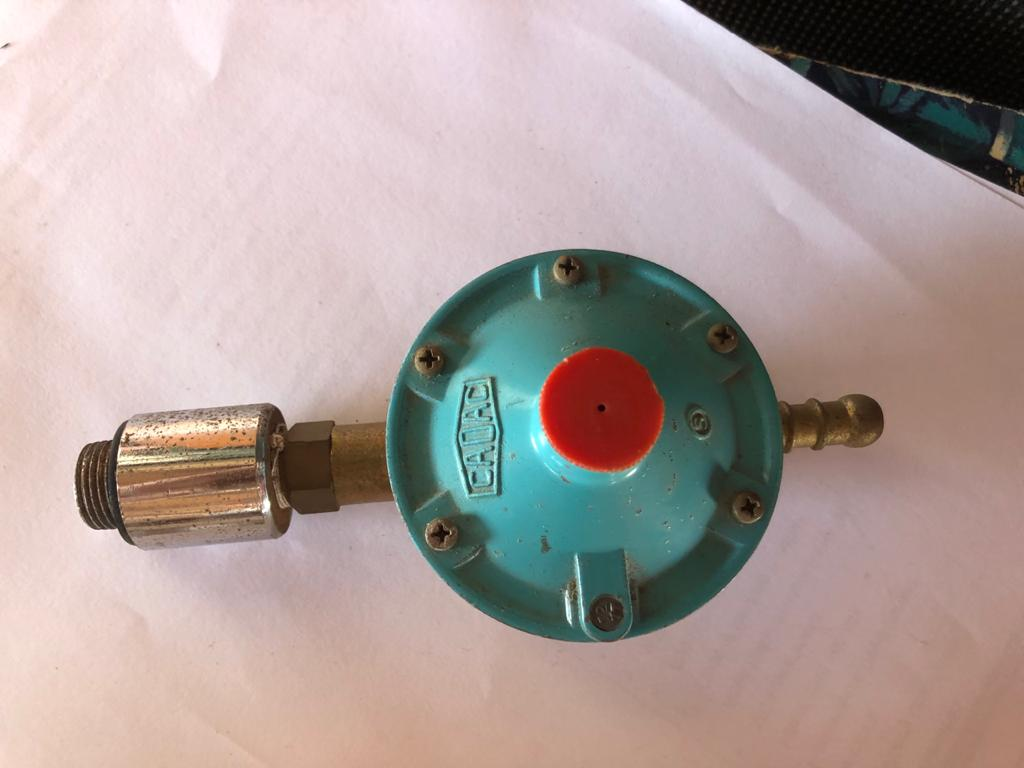 Cadac Gas bottle regulator - to connect small gas cylinders