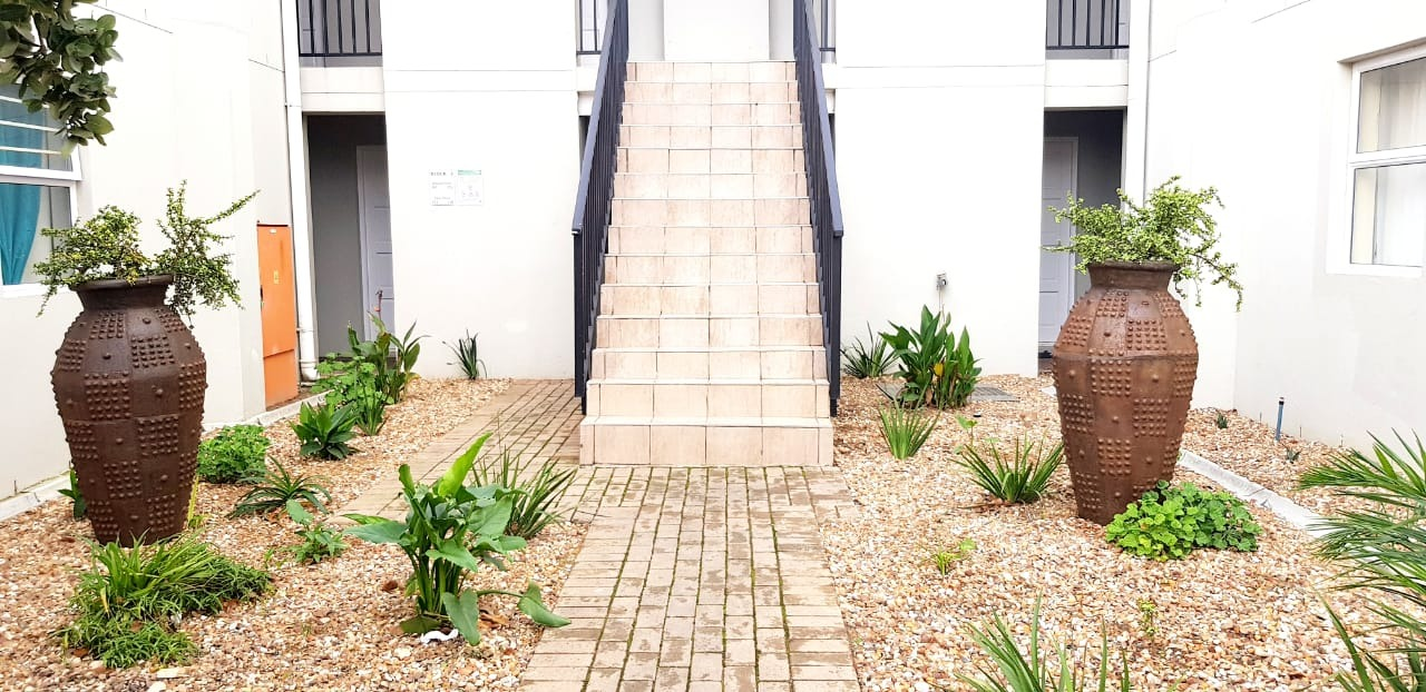 Apartment For Sale in Whispering Pines