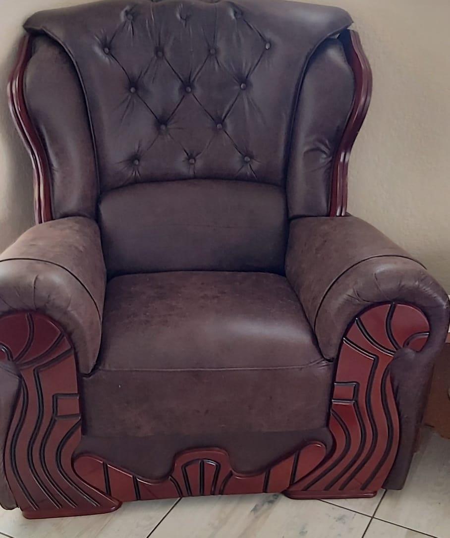 Trojan leather lounge suit