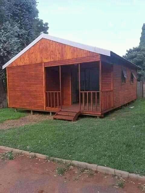 Erny Log Homes and Cabins