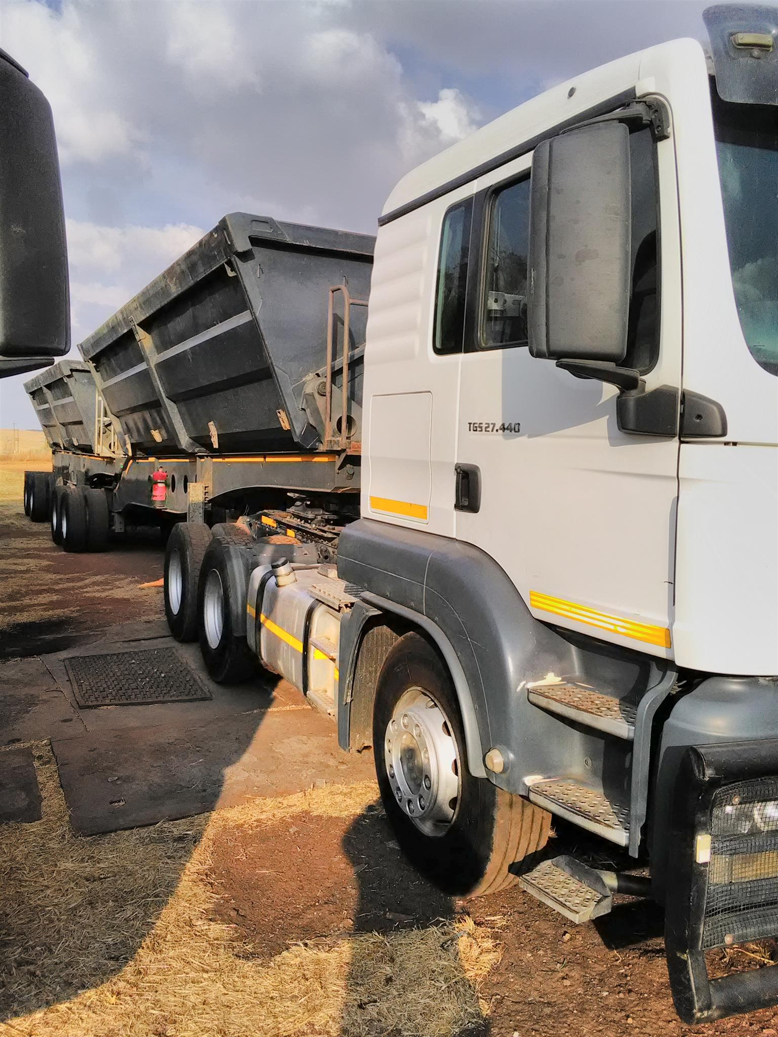 2013 MAN TGS 27/440 AND LINK ( SIDE TIPPERS ) FOR SALE