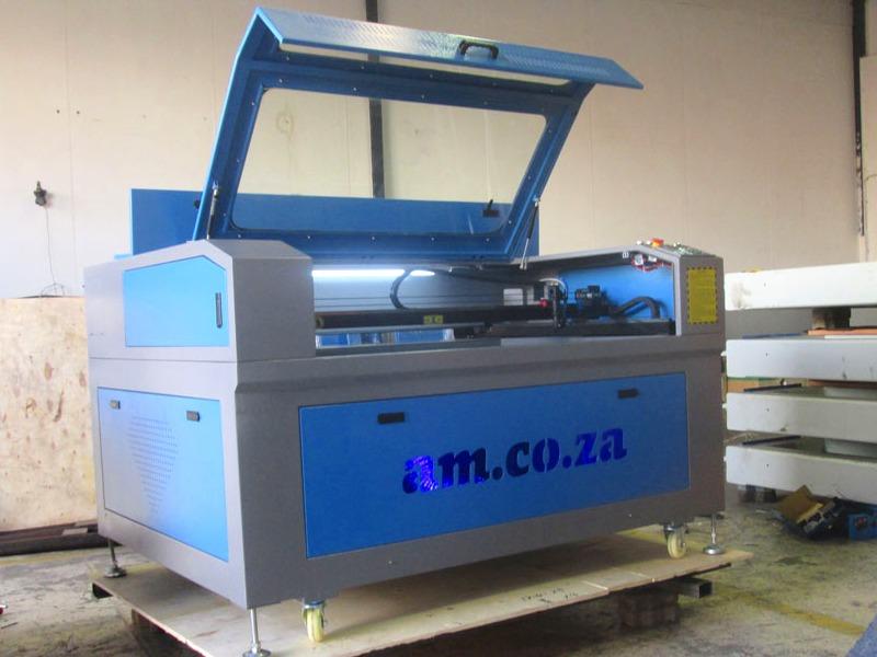 LC-1390/M180 TruCUT PRO Standard Range 1300x900mm Cabinet Type for Sheet Metal/Non-Metal