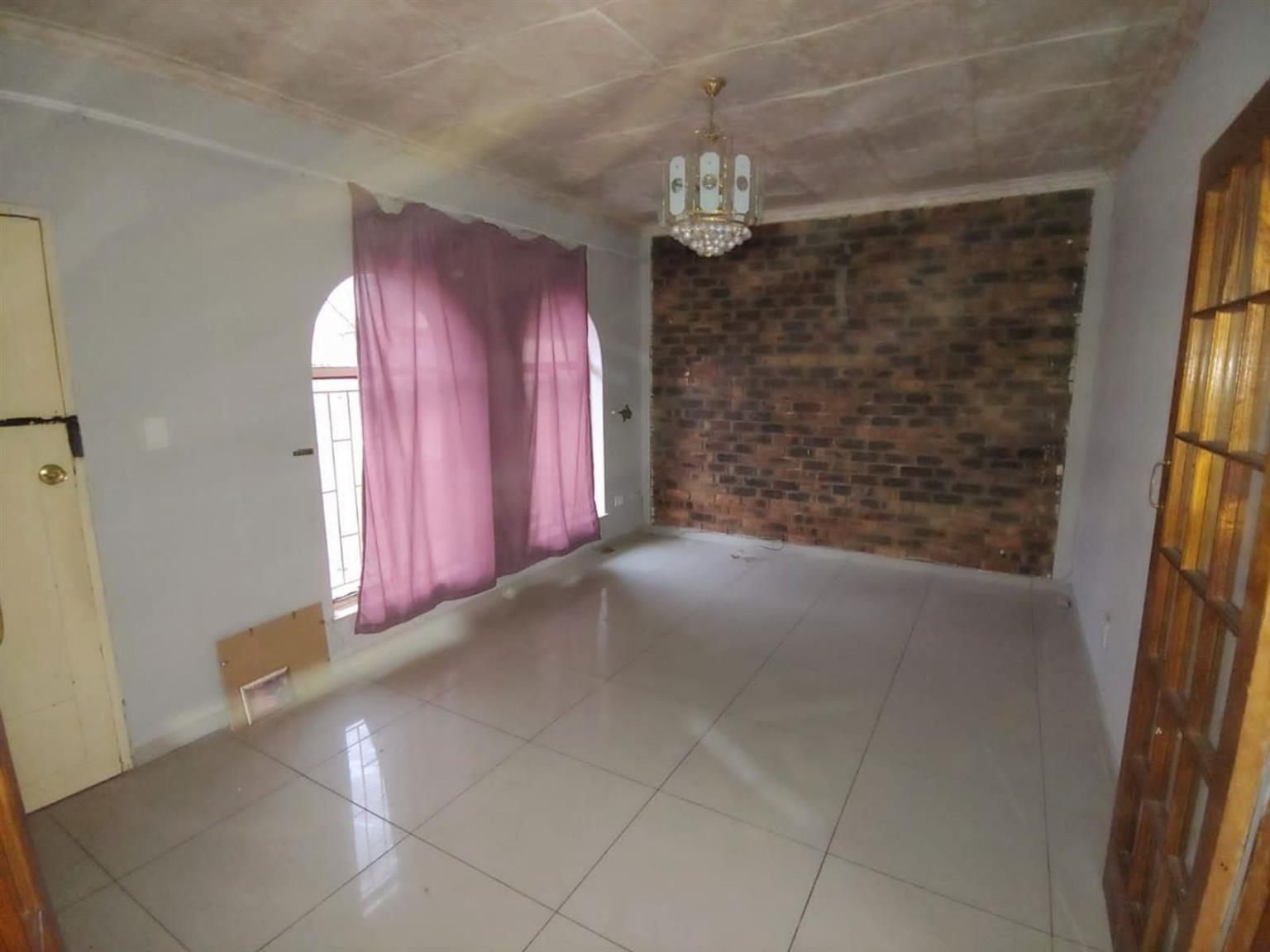 House Rental Monthly in CRYSTAL PARK