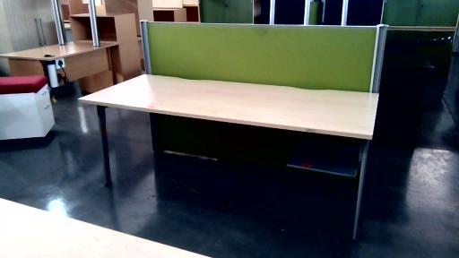 Maple straight desk plus floor base divider