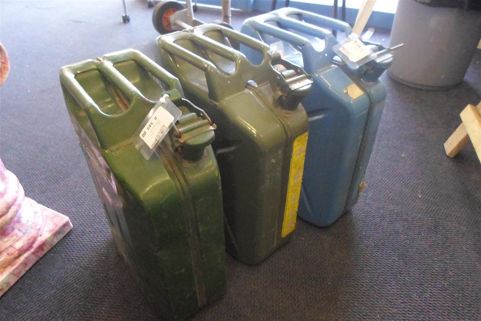 20L Jerry Cans - B033042570-1-3