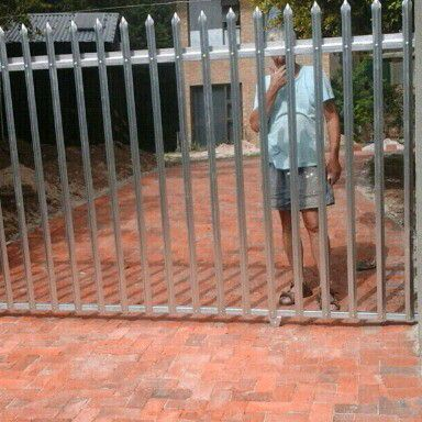 Palisade Sliding Gate
