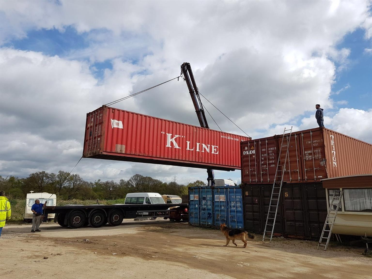 12m shipping containers in very good condition no VAT added