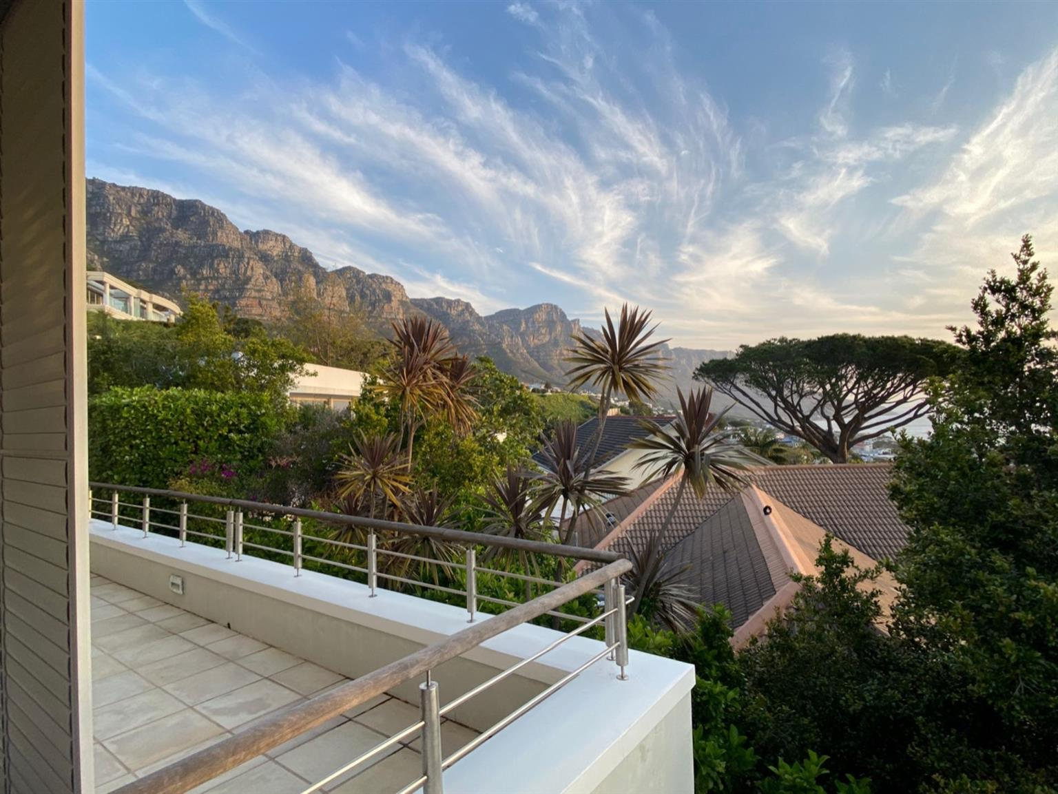 House Rental Monthly in CAMPS BAY