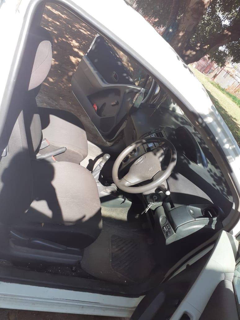 2010 Toyota Yaris 1.0 3 door T1 (aircon+CD)