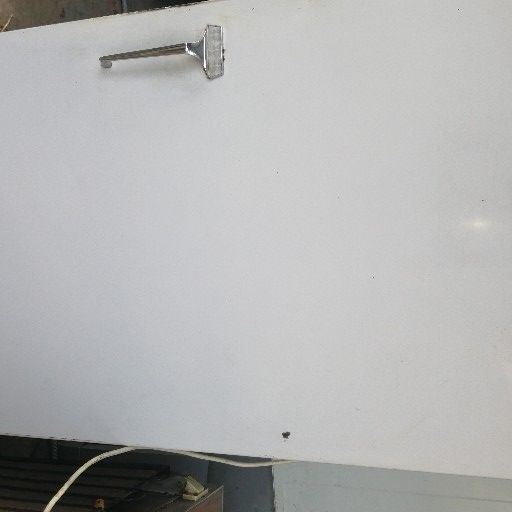 Genaral Electric Fridge Freezer 220l working good I stay close to Jacaranda Mall Gezina