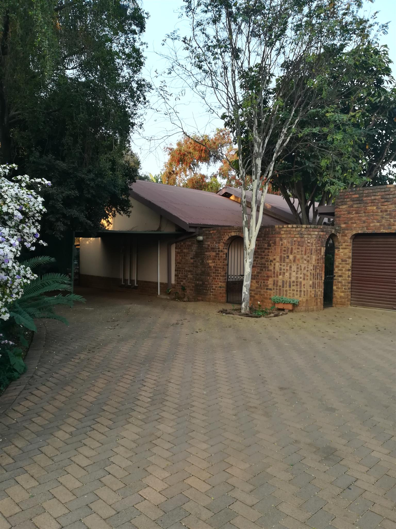 Lovely big 5 bedroom house for sale in Pretoria North