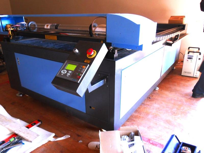 LC2-1630/D90 TruCUT Performance Range 1600x3000mm Flatbed, Conveyor Table & Feeding