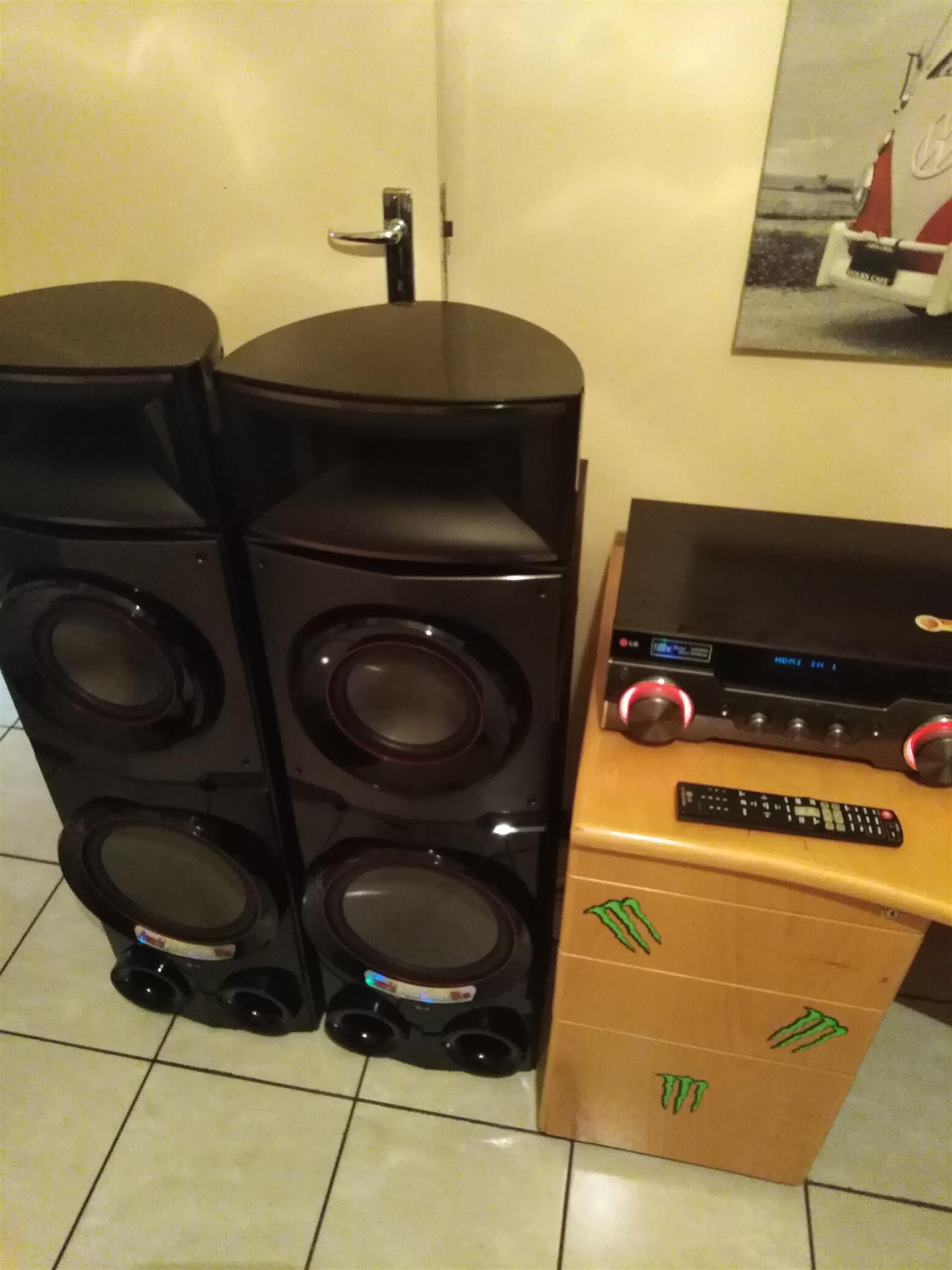 LG ARX 9 Home Theater System 1850w