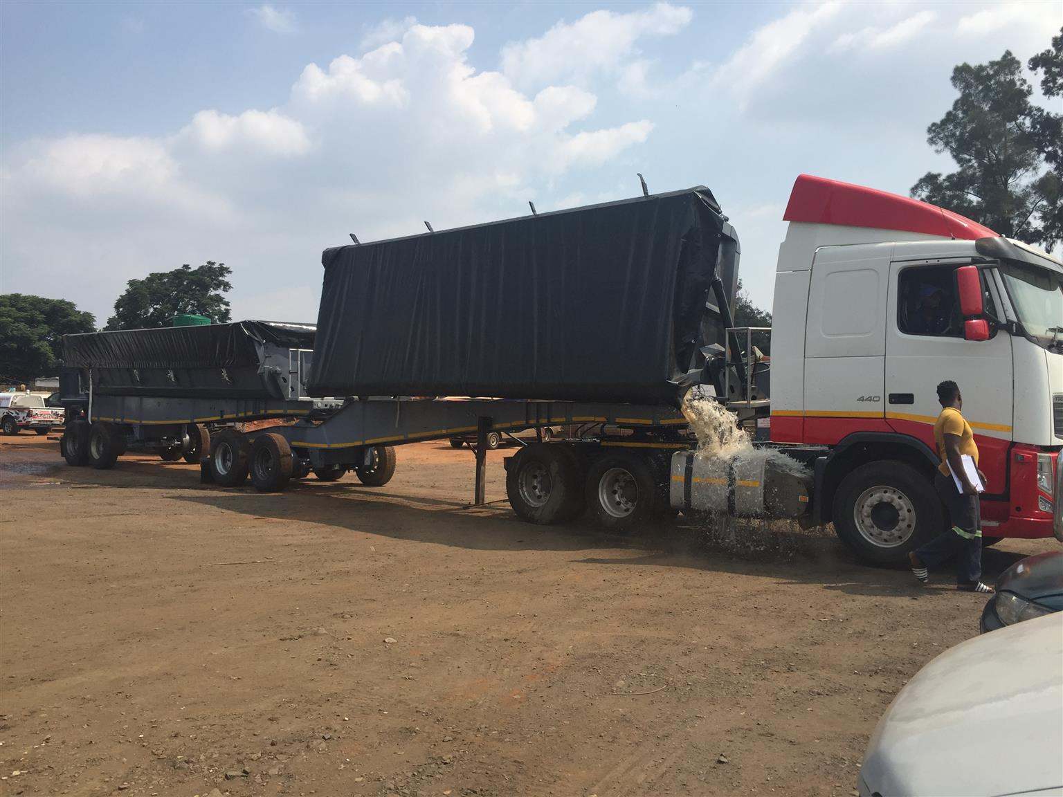 SUPPLY AND FITMENT OF HYDRAULIC SYSTEM ON ALL MAKES OF TRUCKS
