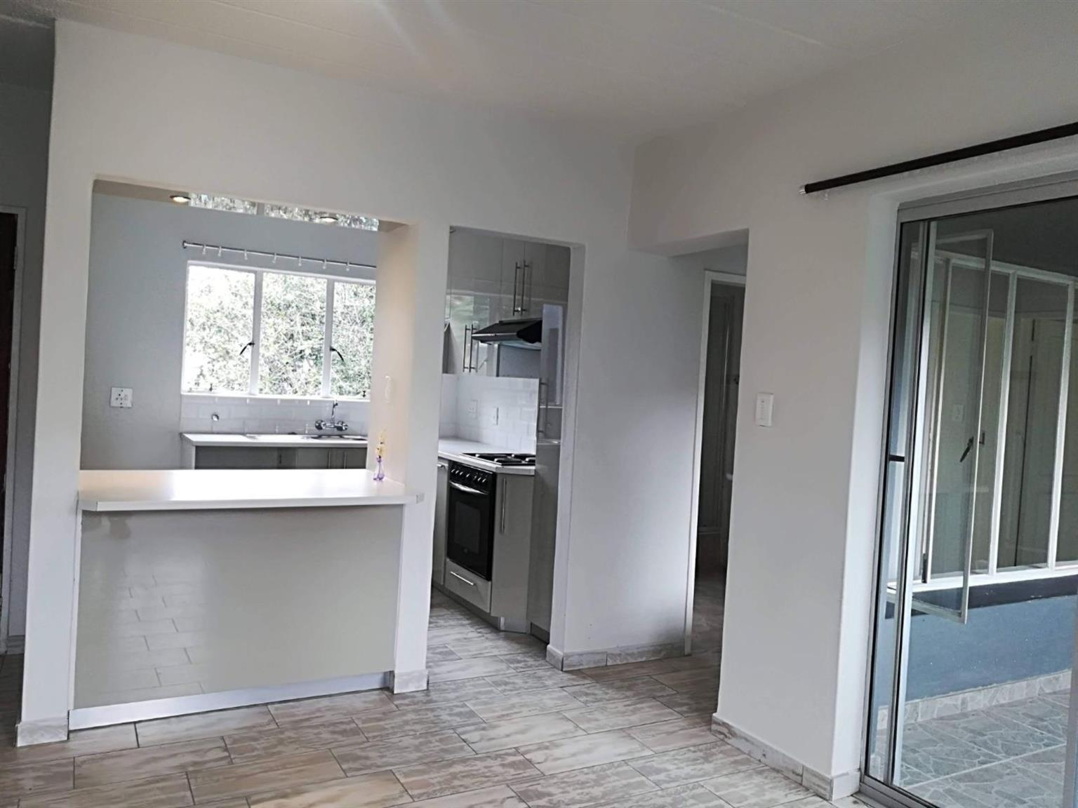 Townhouse Rental Monthly in NORTH RIDING