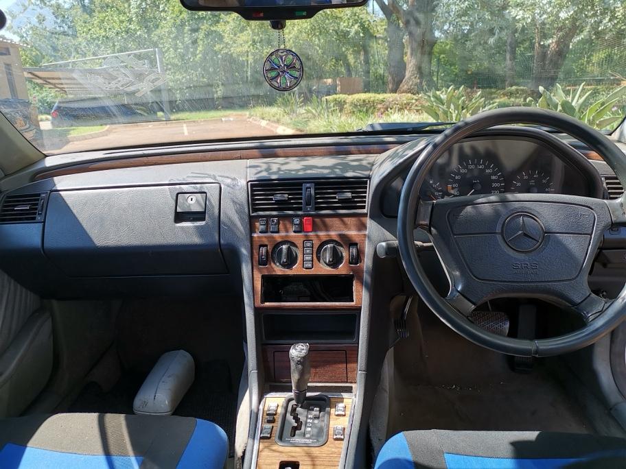 1995 Mercedes Benz C Class C200 Elegance auto