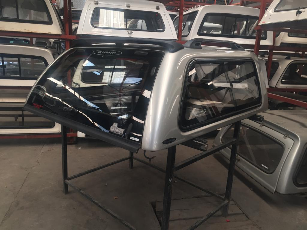 HILUX 05 DC CARRYBOY CANOPY 6168