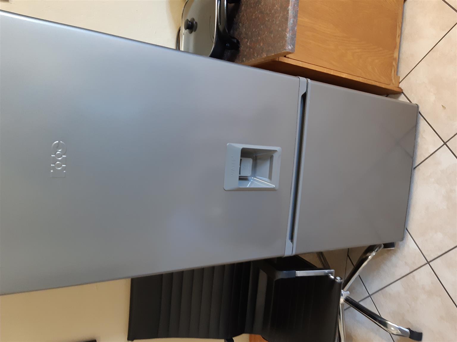 KIC Fridge & Defy Automatic Washing Machine