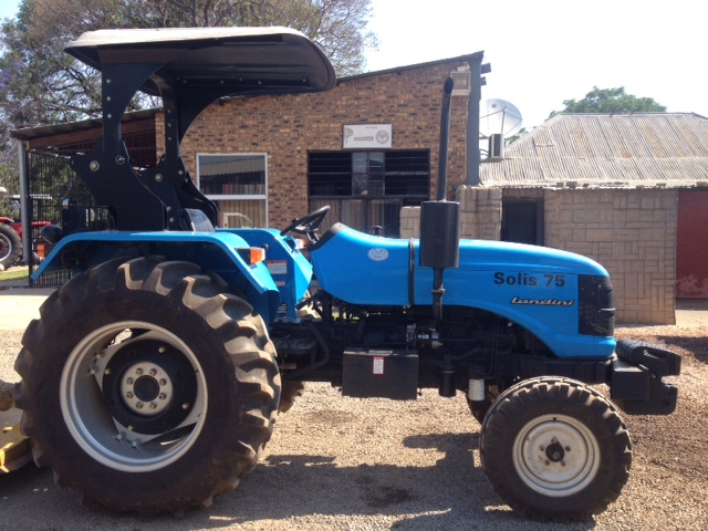 2014 Blue Landini Solis 75 (800 hours) 2x4 Pre-Owned Tractor