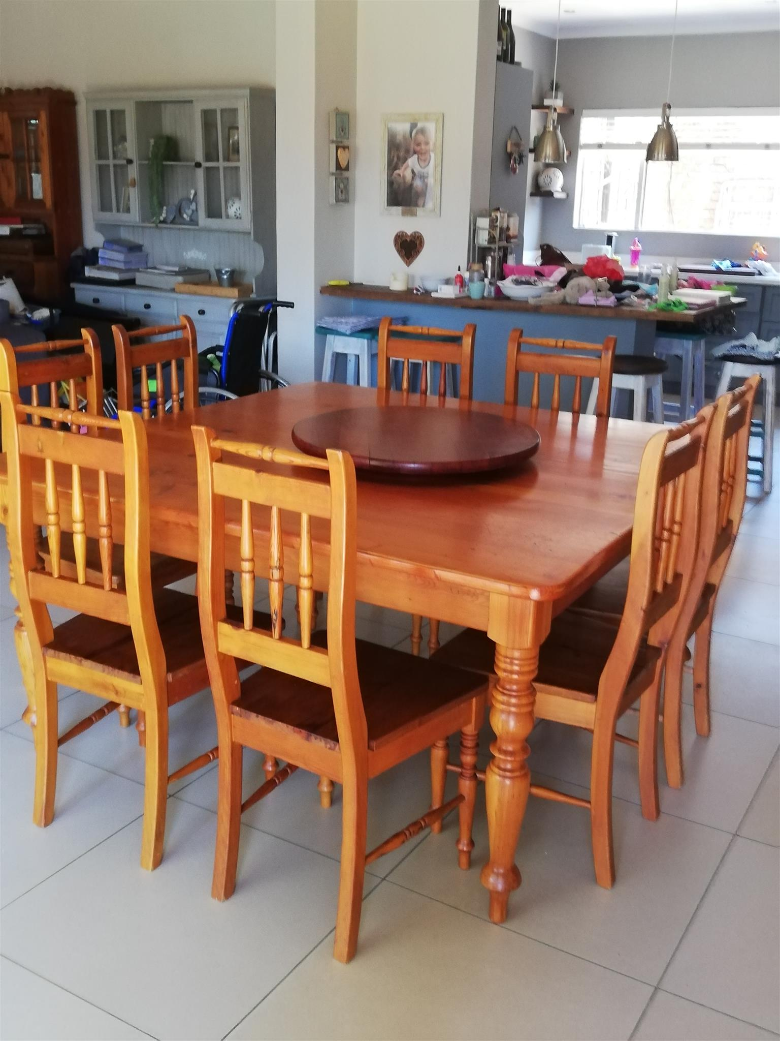 8 Seat Solid Oregeon Pine Diningroom Table And Chairs Plus