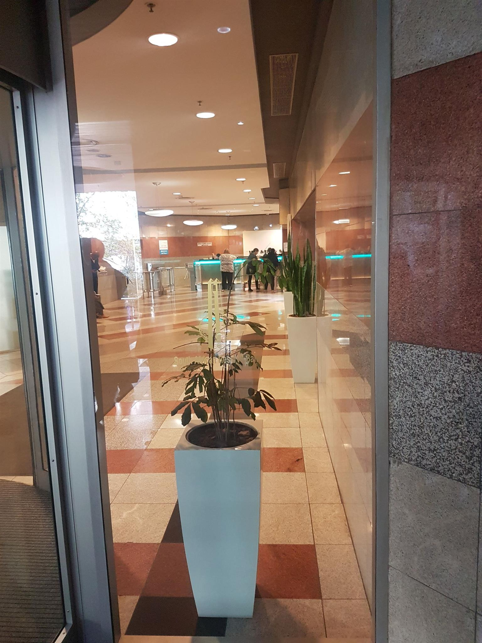 OFFICES TO LET (190.55 M2 AND BIGGER ) CBD CAPE TOWN