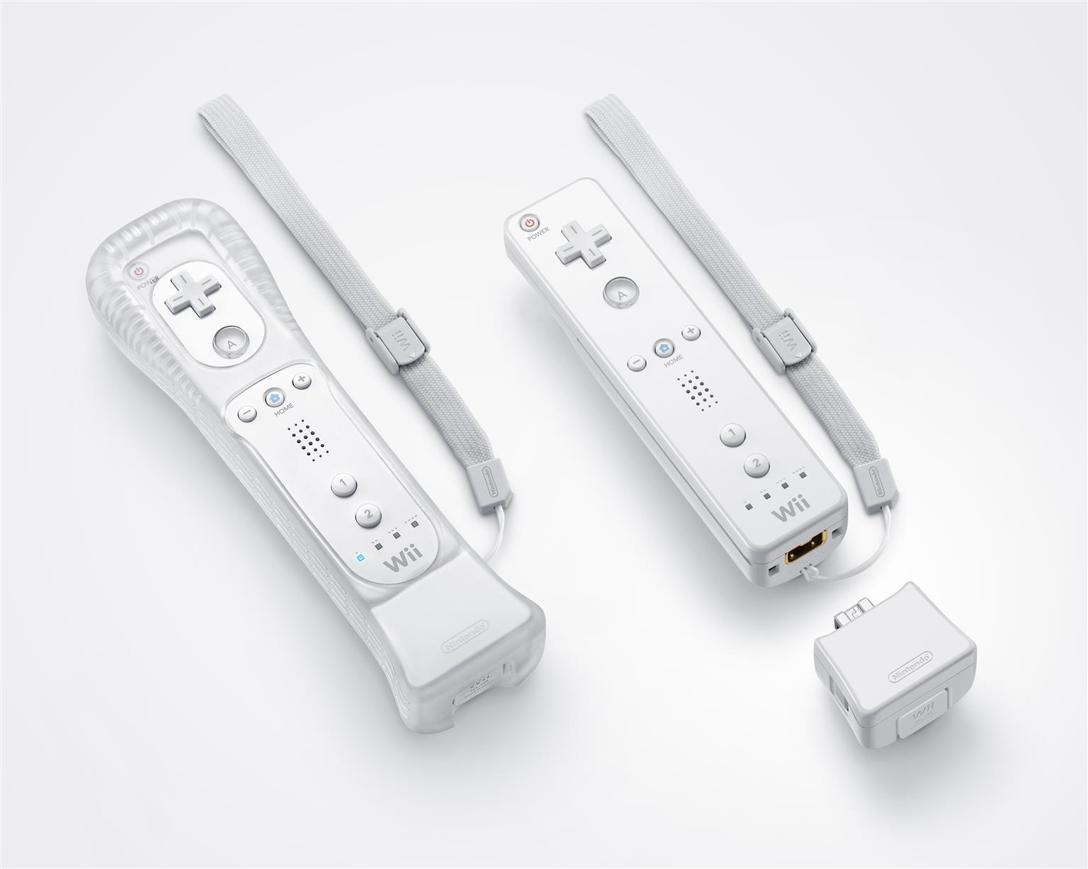 Nintendo Wii Console Bundle (incl. 2x Wii Remotes, 2x Nunchucks, 2x MotionPlus & 12x Games)