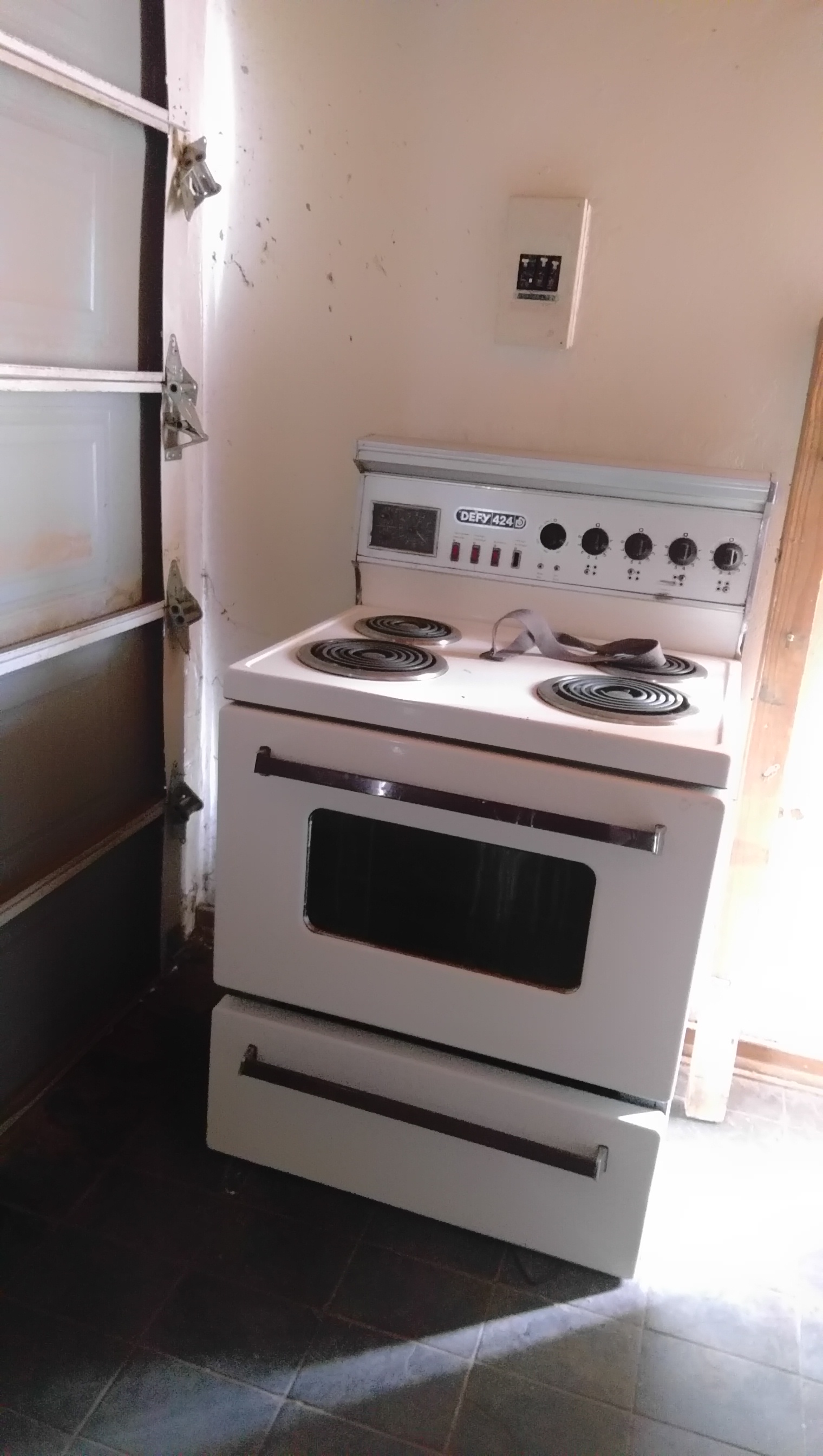 Fridge/Stove Combo