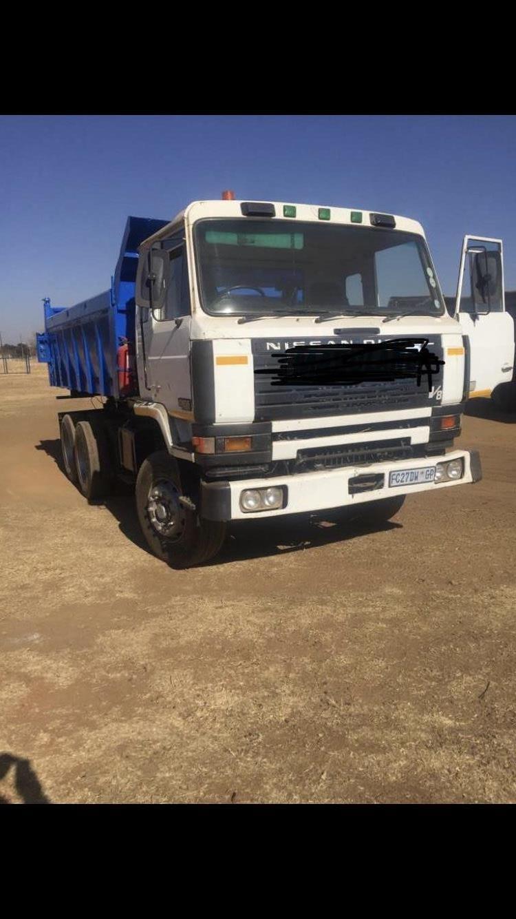 Nisan diesel 422 twin turbo