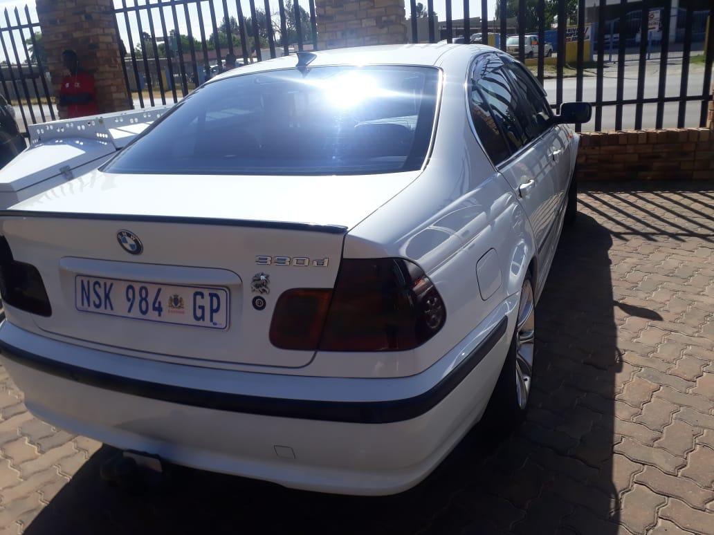 2004 BMW 3 Series 330d