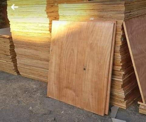 Plywood Boards 1.1 x 1.1 x 25mm