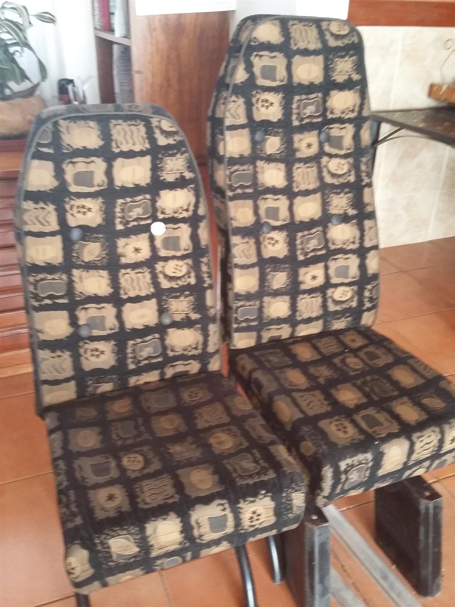 6 Bus seats for sale (2 high backs  and 4 standards) can be used for game vehicle all the accessories come with the seats. R2200.00 for all 6 seats. Contact no. 0826915791