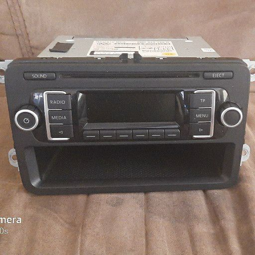 Original Volkswagen CD Player suitable for Polo 5 and 6