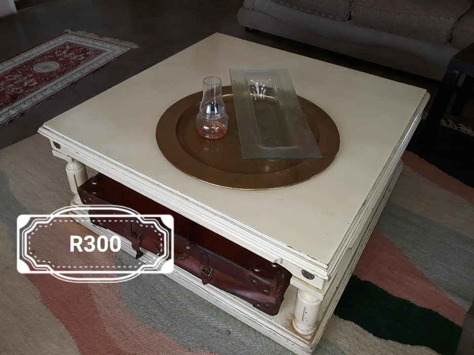 White middle coffee table