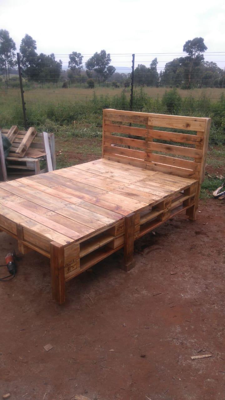 Pallet Wood Furniture Junk Mail