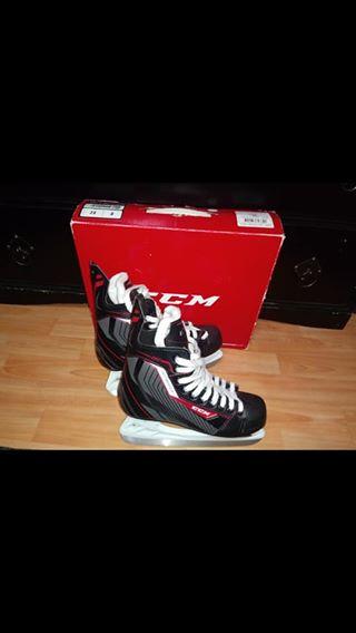 CCM Ice Hockey Skates