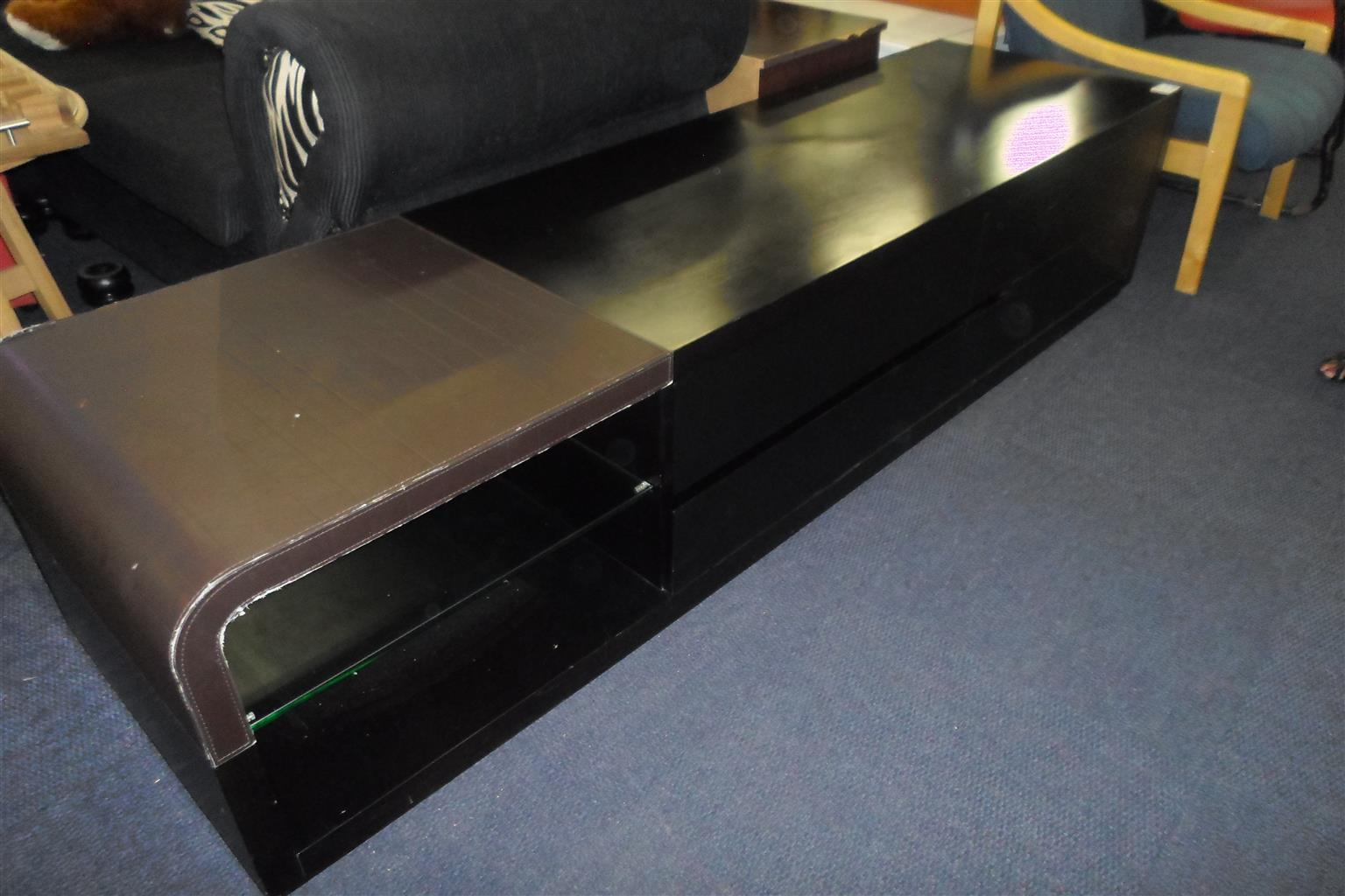 Wooden 4 Drawer TV Stand