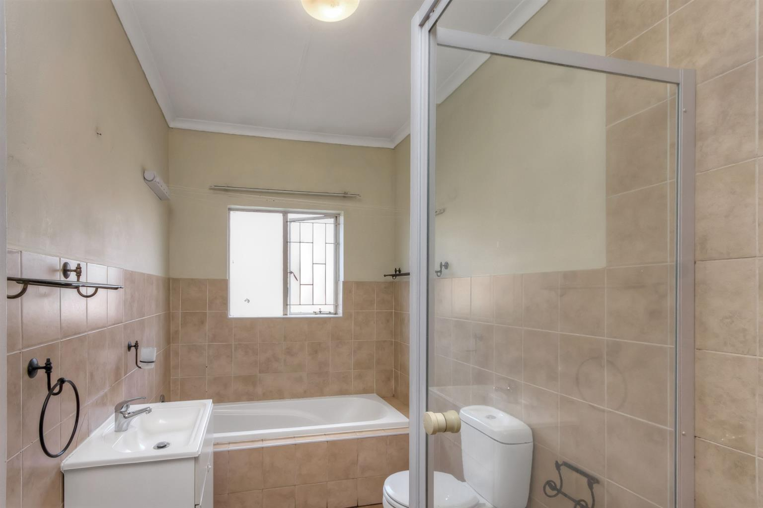 House For Sale in North Riding