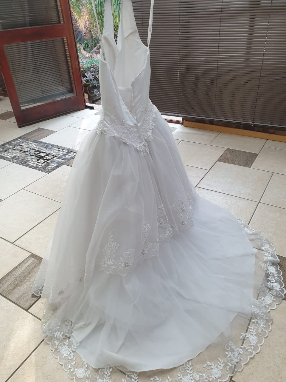 Start your own wedding dress hire, excelent opportunity