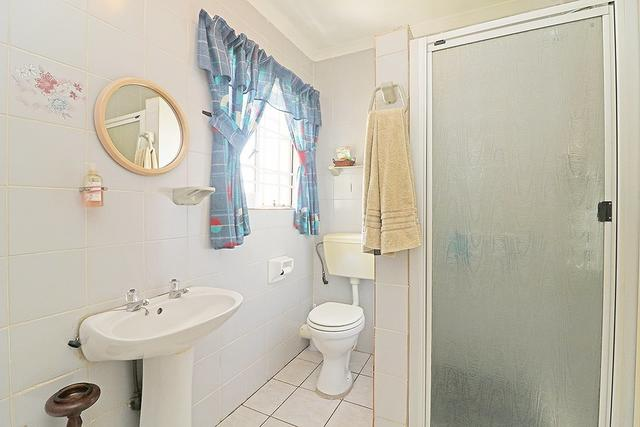 PERFECT FOR FIRST TIME HOME BUYER OR RETIRED COUPLE!!