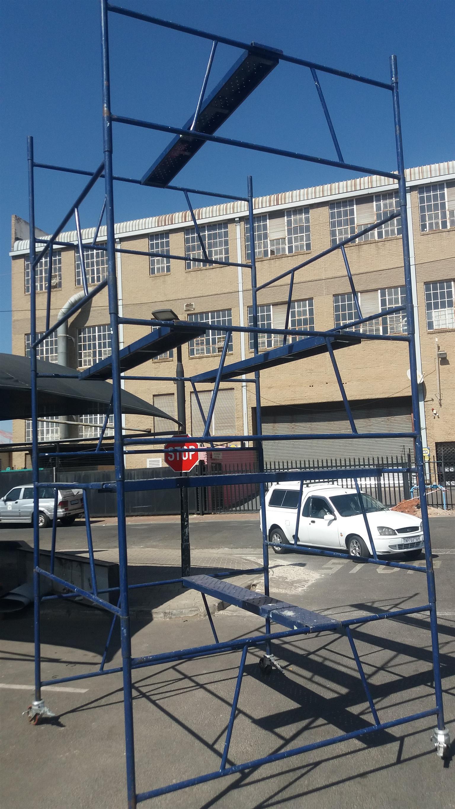 Steel Self Lock Scaffold Tower