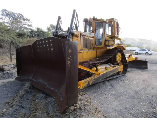 Caterpillar D7H Bulldozer - ON AUCTION