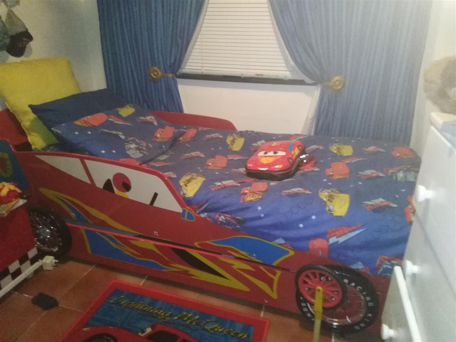 2 bed car bed