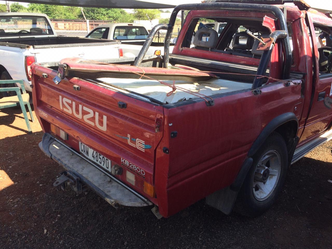 Cars for Stripping Isuzu