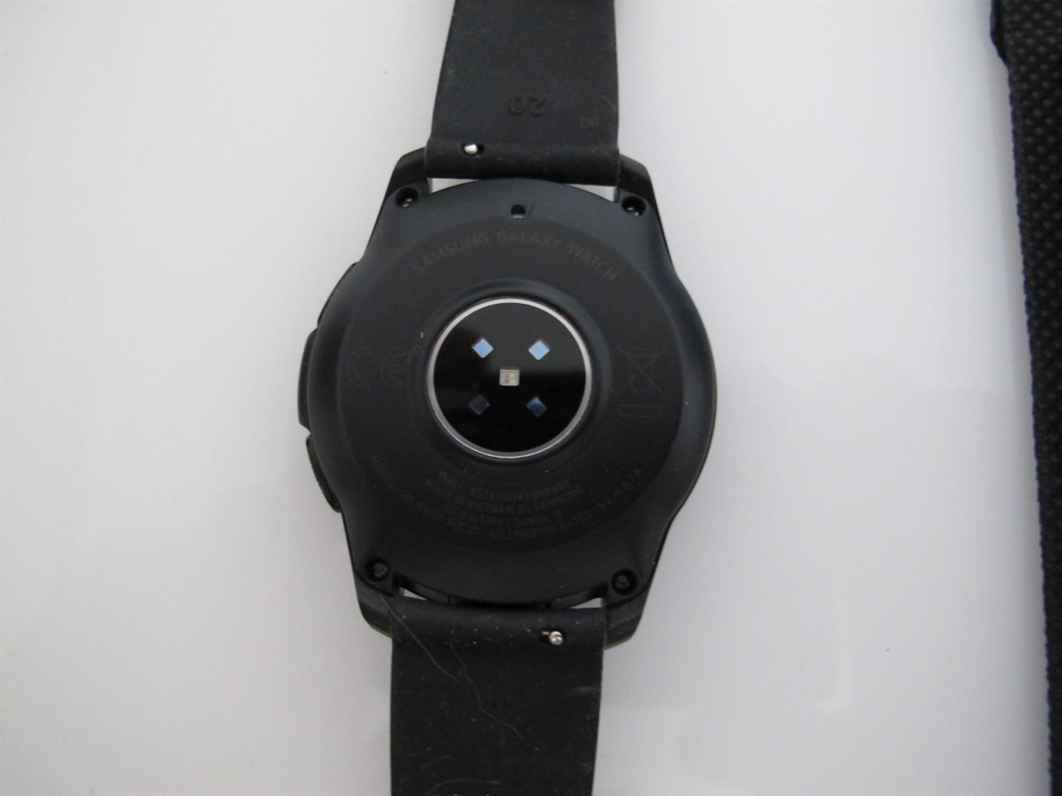 Samsung Galaxy Watch 42mm LTE/BT LIKE NEW Spotless