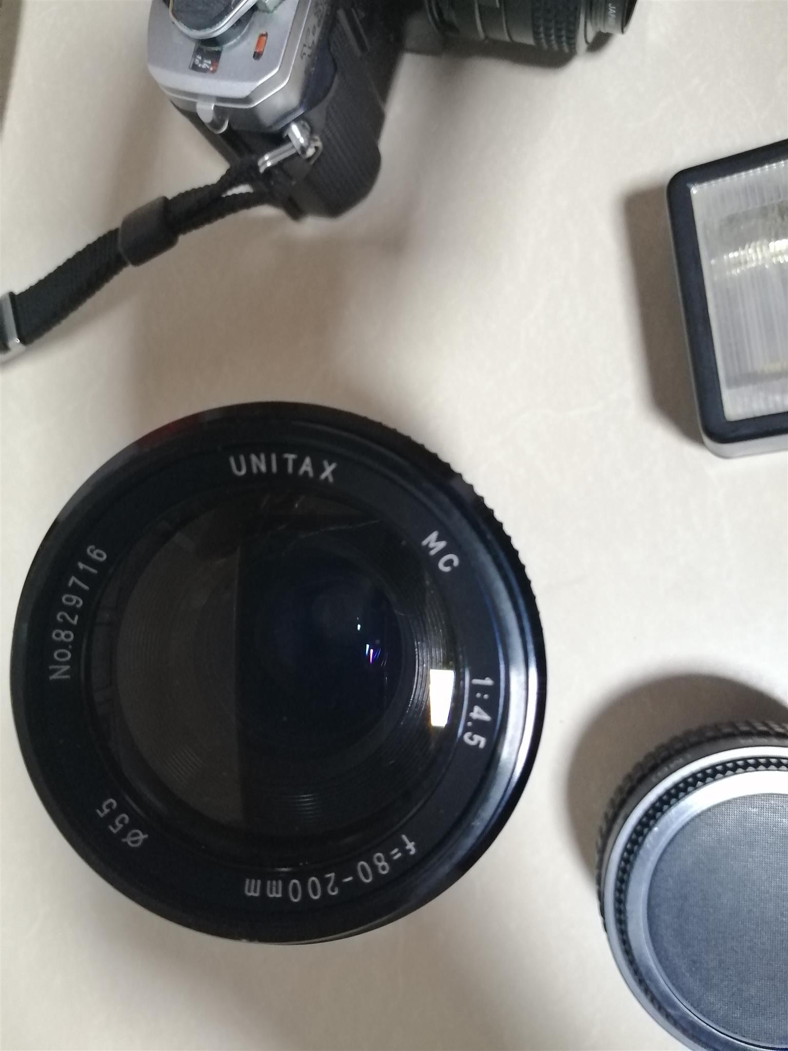 Minolta X300Camera and accesories