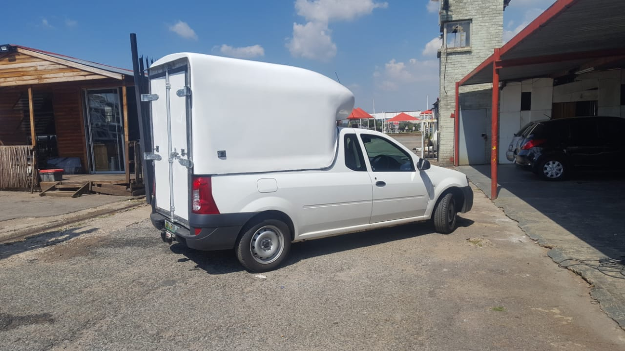 Nissan NP200 Brand New GC Space Saver Bakkie Canopy for sale !!