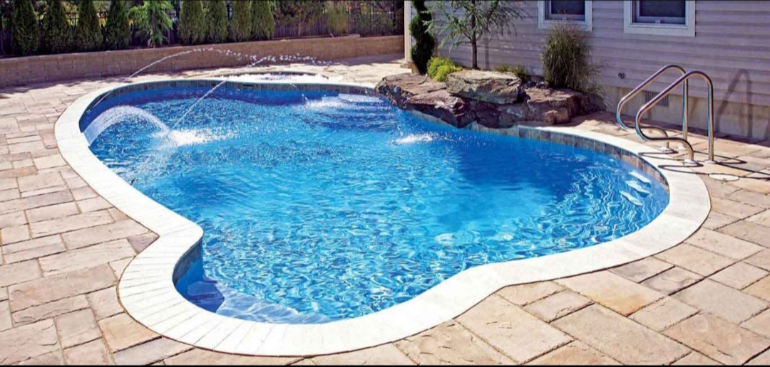 Find Surebuild Pools's adverts listed on Junk Mail