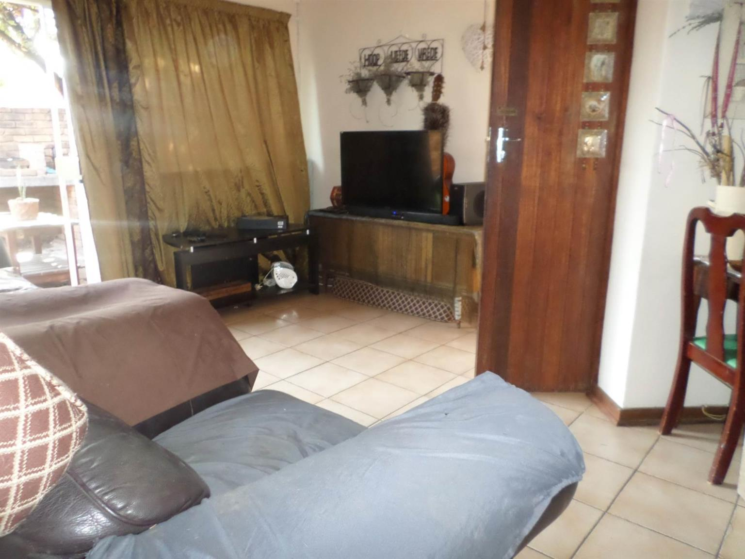 Townhouse For Sale in MEYERSPARK